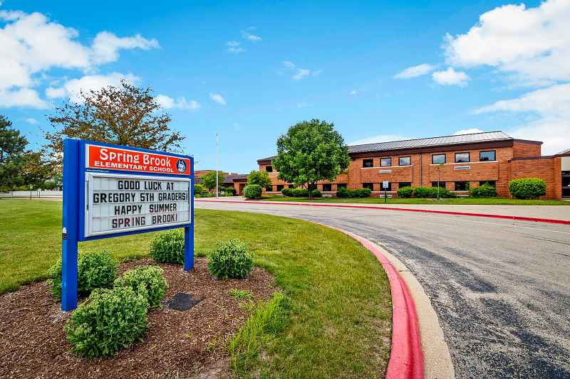 Photos of Spring Brook Elementary School