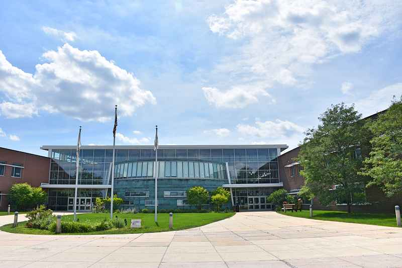 Photos of Lake Zurich Middle - N Campus