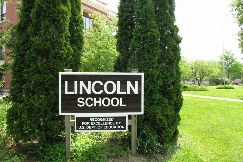 Photos of Lincoln Elementary School