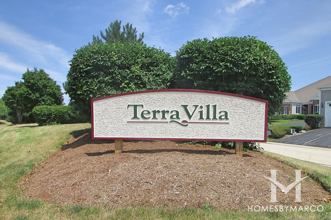 terra fields subdivision in crystal lake illinois homes