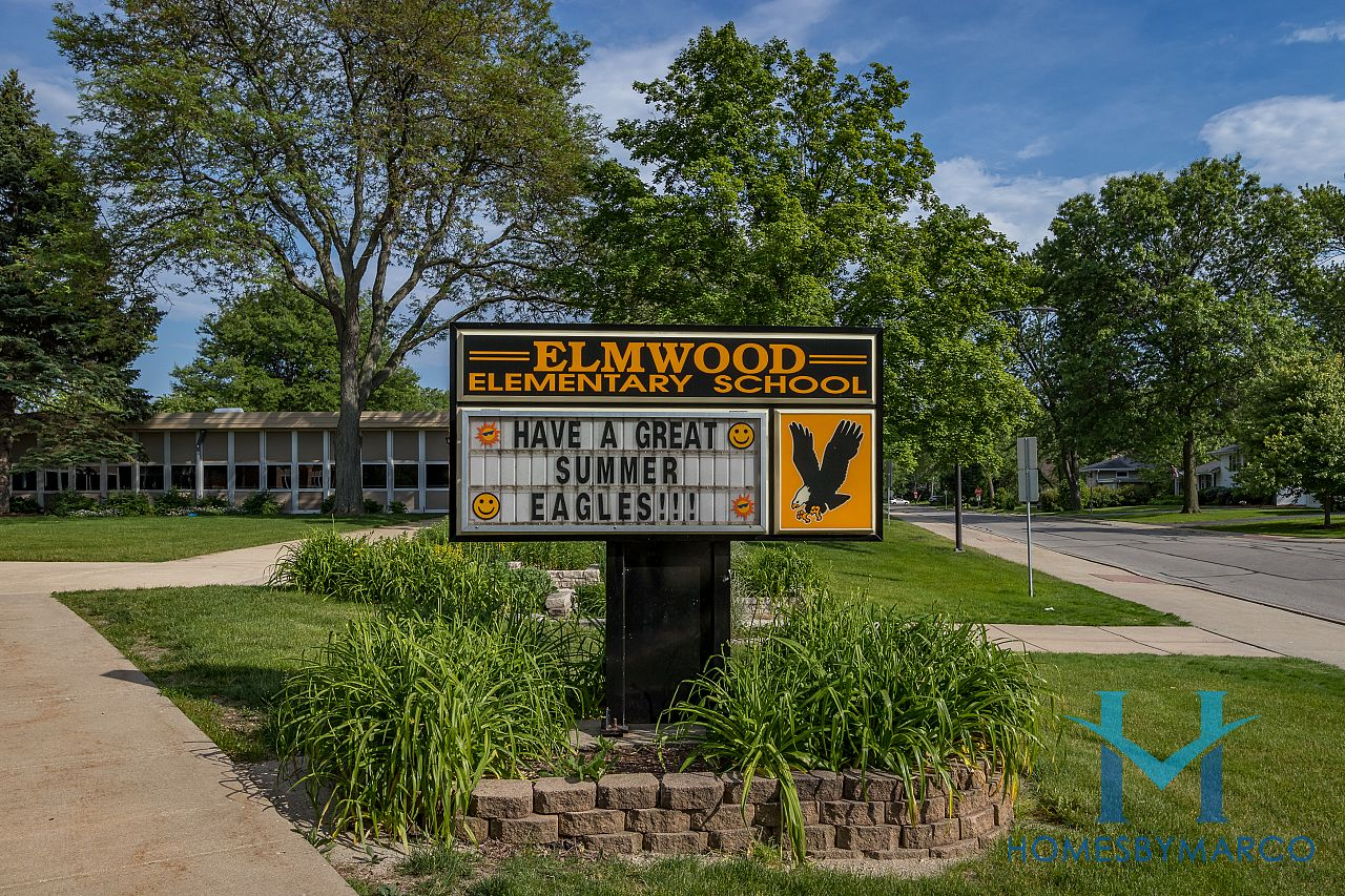Aurora Homes For Sale >> Elmwood Elementary School in Naperville, IL, Homes For ...