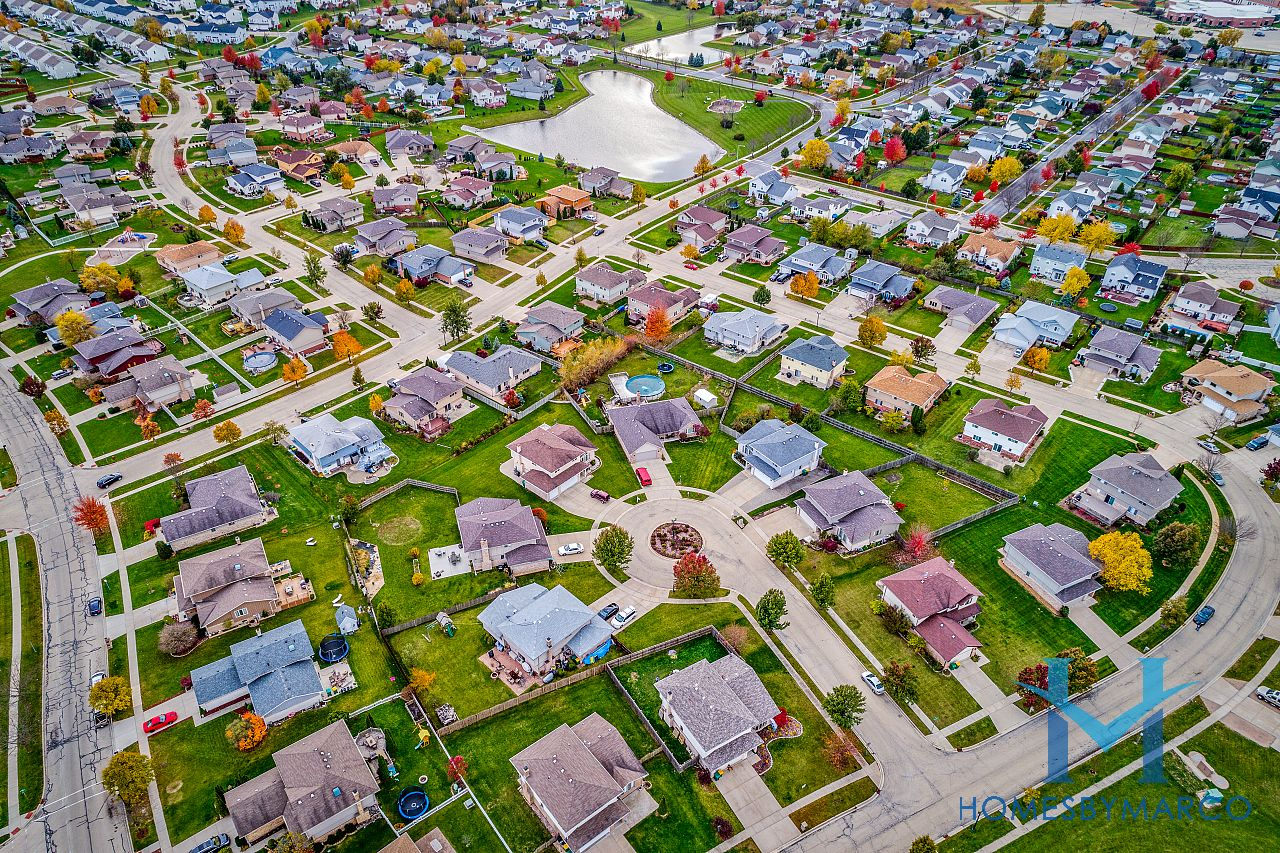 Heritage Place Subdivision In Romeoville Illinois Homes