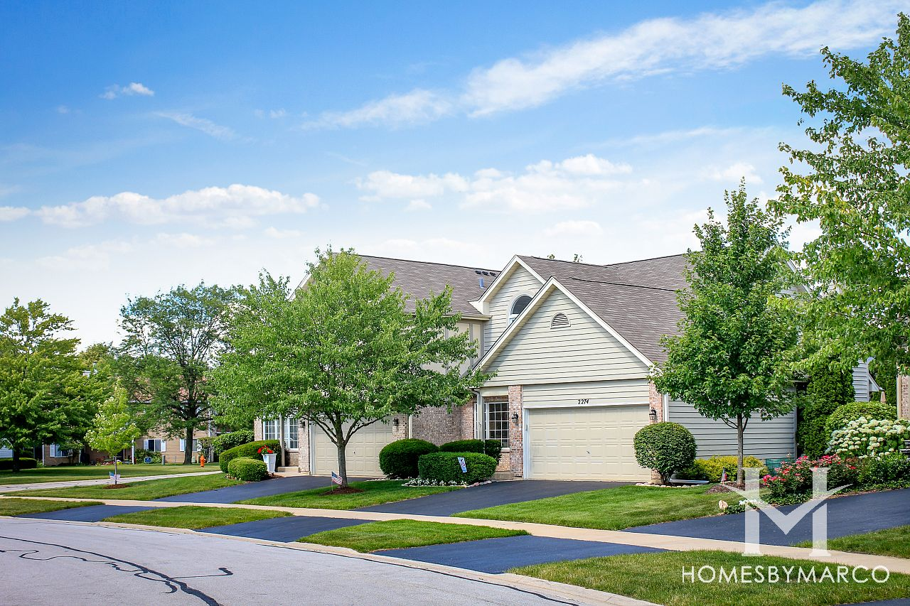 Townhomes Of Winchester Subdivision In Naperville