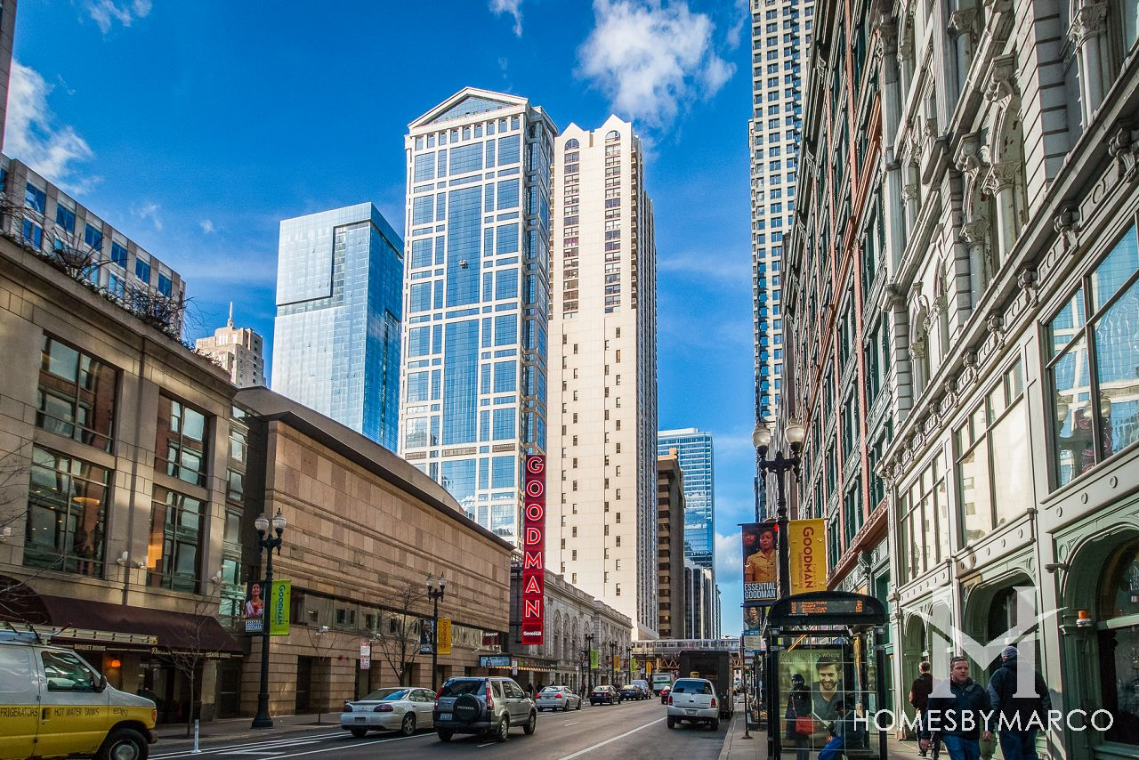 200 N Dearborn Loop In Chicago Illinois Condos For