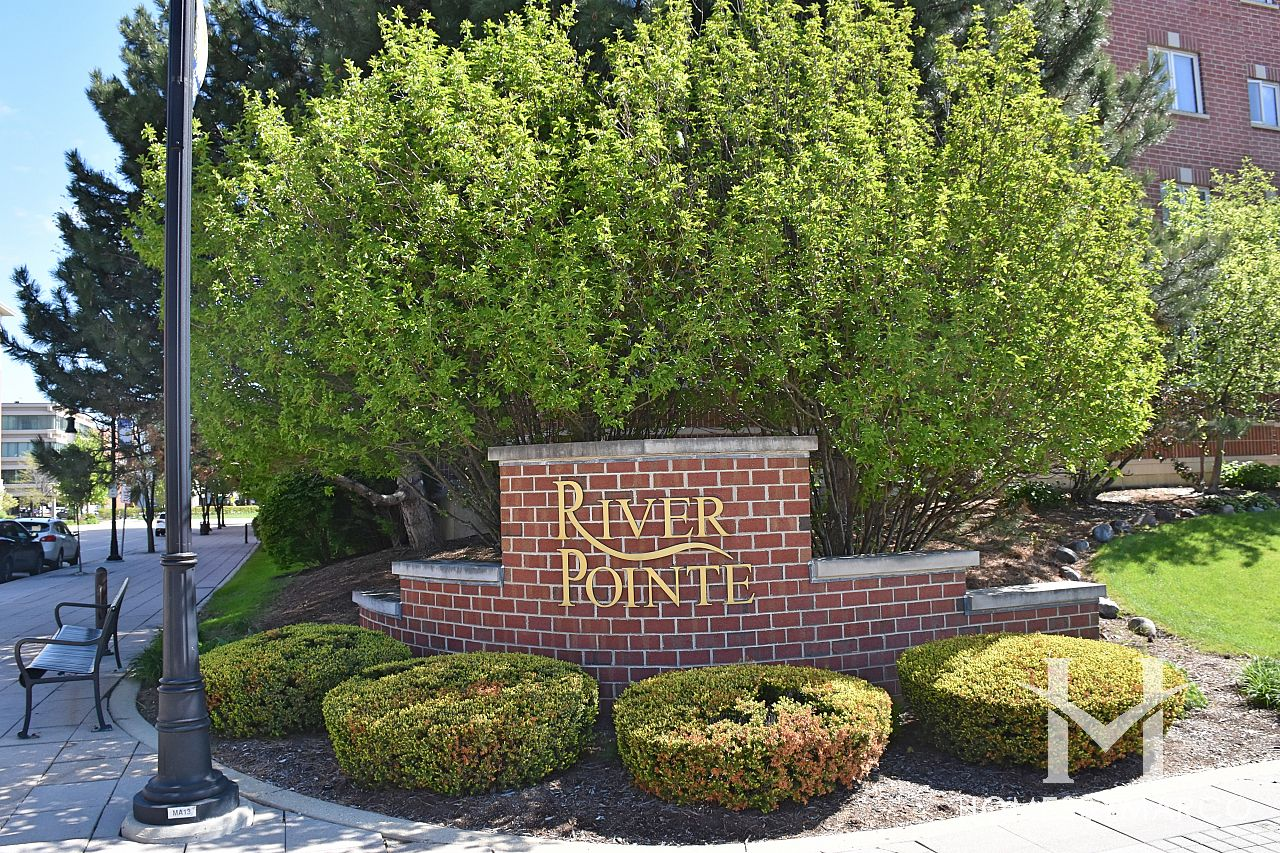 Photos of river pointe subdivision homes by marco for Riverpointe