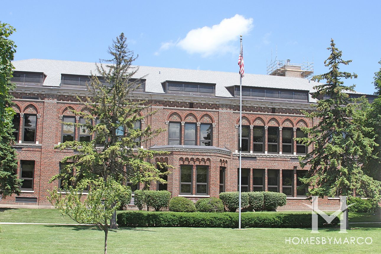Lincoln middle school in park ridge il homes for sale for Park ridge