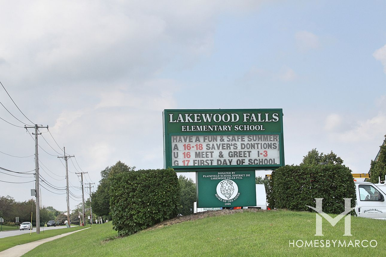 Lakewood Falls Elementary School In Plainfield Il Homes