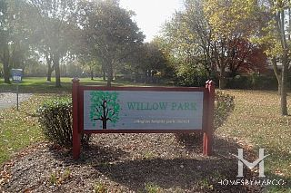 Willow Park in Arlington Heights