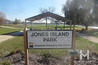 Jones Island Park in Grayslake