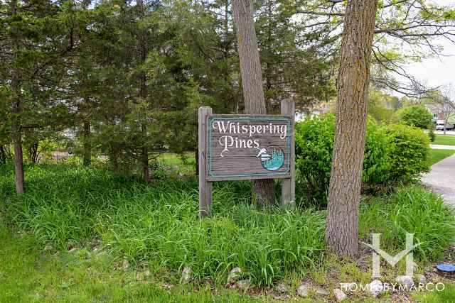 Whispering Pines (subdivision)